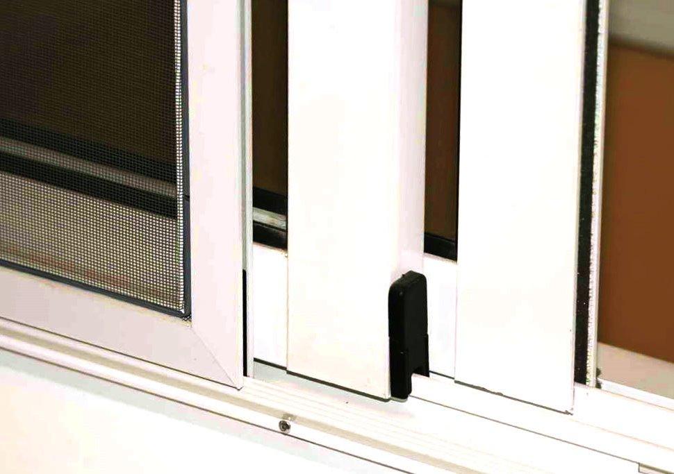 Москитные сетки раздвижные: на окна до пола и обычные, на ба.
